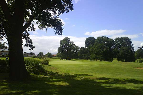 Colne Valley Golf Course - Green Fee Prices
